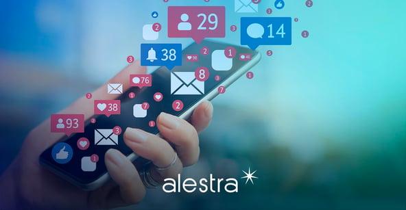 Usuario adicto a las redes sociales usando estrategias para controlar su tiempo